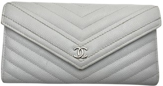 Chanel Timeless/Classique Grey Leather Wallets