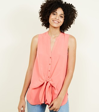New Look Tie Front Sleeveless Shirt