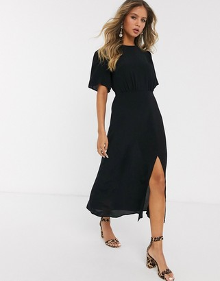 New Look flutter sleeve split detail midi dress in black