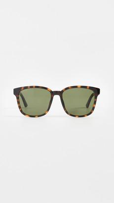 Gucci Logo Classic Wayfarer Sunglasses