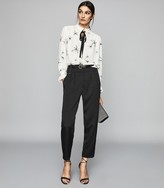 Reiss MAEVE PRINT STAR PRINTED BLOUSE WITH EMBELLISHMENT White