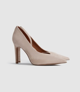 Reiss Alenna - Suede Court Shoes in Taupe