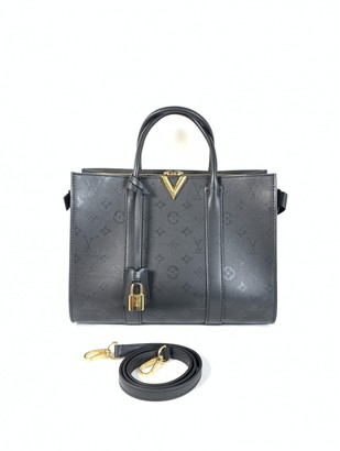 Louis Vuitton Very Zipped Tote Black Leather Handbags