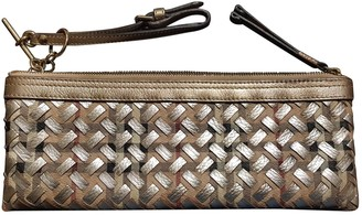 Burberry Gold Leather Clutch bags