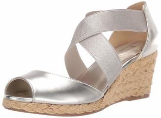 Bandolino Footwear Women's Hullen Wedge Sandal