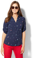 New York & Co. Soho Soft Shirt - One-Pocket Popover - Skier Print