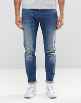 Wrangler Bryson Skinny Jean Mad-X Superstretch Mid Wash