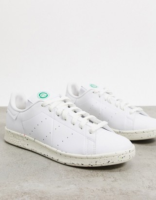 adidas Clean Classics Sustainable Stan Smith trainers in white
