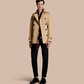 Burberry The Chelsea – Short Heritage Trench Coat
