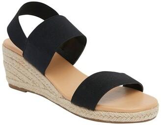 Easy Steps Sandy Black Elastic Sandals