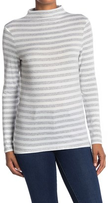 BeachLunchLounge Shaylah Striped Mock Neck Hacci Knit Top