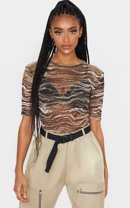 PrettyLittleThing Tan Wave Printed Short Sleeve Bodysuit