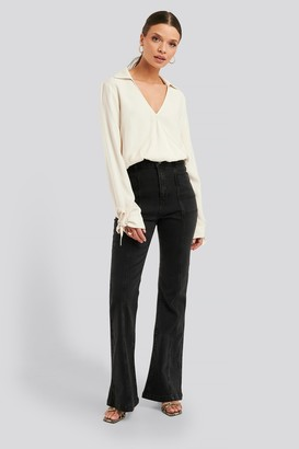 NA-KD High Waist Front Seam Flare Jeans