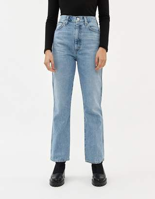 A Gold E Agolde Pinch Waist High-Rise Kick Jean in Subdued