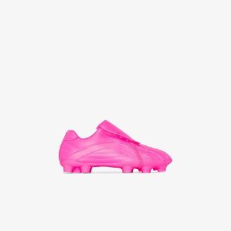 Balenciaga pink Soccer low top sneakers