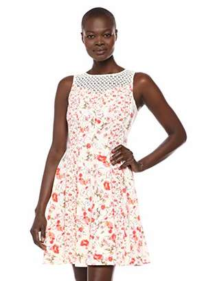 Gabby Skye Women's Floral Print Dress W. Crochet Lace Illusion
