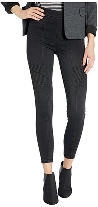 Liverpool Chloe Seamed Moto Pull-On w/ Back Leg Zip in Silky Soft Denim Jeans in Naples