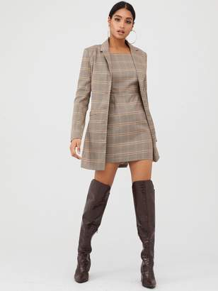 In The Style X Fashion Influx Heritage Check Single Breasted Longline Blazer - Brown
