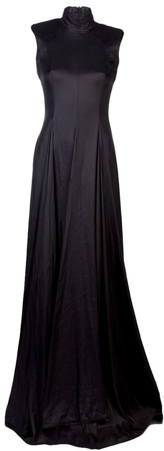 Gareth Pugh pleated high collar gown