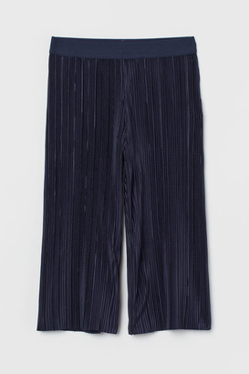 H&M Pleated trousers