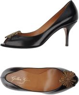 Golden Goose Deluxe Brand Pumps