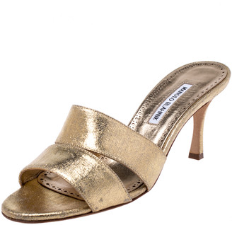 Manolo Blahnik Metallic Gold Leather Lacopo Open Toe Sandals Size 40.5