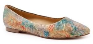 Trotters Estee Flat Women's Shoes