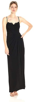 Vera Wang Women's Sleeveless Gown with Lace Detailed Sweetheart Neckline