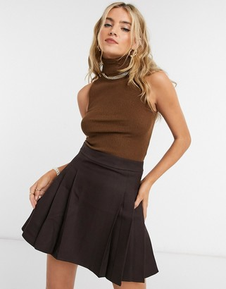 Emory Park sleeveless roll-neck top in chocolate