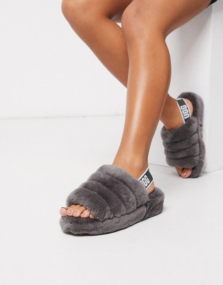 UGG Fluff yeah logo slippers in charcoal
