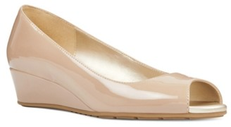 Bandolino Candra Wedge Pump