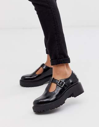New Look t bar chunky flat shoes in black
