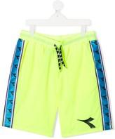 Diadora Junior TEEN logo patch track shorts