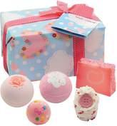 Bomb Cosmetics Bath Bomb Love Cloud Gift Set