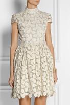 Alice + Olivia Jayna metallic cotton-blend lace dress