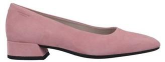 Vagabond Shoemakers Court