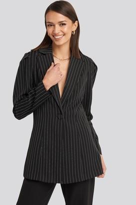 NA-KD Pinstriped Puff Shoulder Blazer