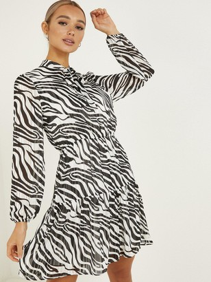 Quiz Zebra PrintPussybow NeckFrill Dress - Black