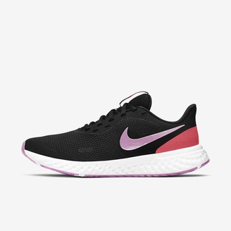 Nike Women's Running Shoe Revolution 5