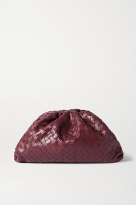 Bottega Veneta The Pouch Large Gathered Intrecciato Leather Clutch - Burgundy