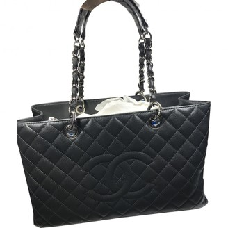 Chanel Grand shopping Grey Leather Handbags