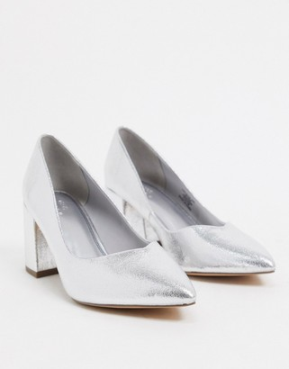 ASOS DESIGN Switch mid heeled court shoes in silver metallic