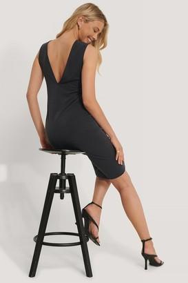 NA-KD Deep V-Back Modal Dress