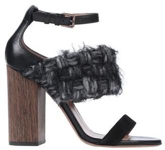 DARYN MOORE Sandals