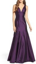Women's Monique Lhuillier Bridesmaids Deep V-Neck Taffeta Trumpet Gown