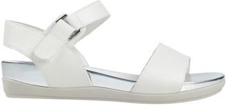 Stonefly Sandals