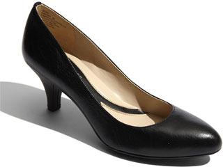 Naturalizer 'Deino' Pump Black Leather 5.5 M