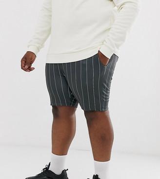 Asos Design DESIGN Plus jersey skinny shorts in pinstripe-Grey
