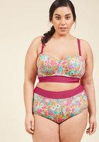 Sunlight Showcase Swimsuit Top in Garden - 1X-4X in 4X