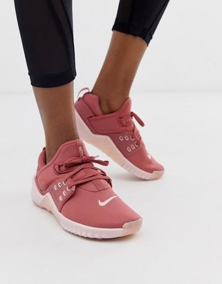Nike Training free metcon 2 sneakers in pink